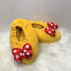 Disney Parks Minnie Mouse Yellow slippers S